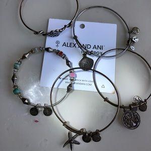 Lot of 5 Alex & Ani Bracelets nice bundle